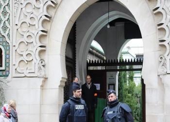بعد مراقبتها بأوامر منه.. وزير داخلية فرنسا يغلق 9 مساجد