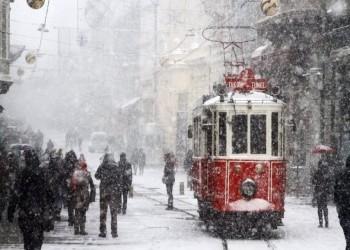 إسطنبول.. سماكة الثلوج الليلة وغدا قد تصل إلى 40 سم