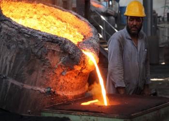 اتحاد عمال مصر يرفض تصفية شركة الحديد والصلب ويطالب بلجنة تقصي حقائق