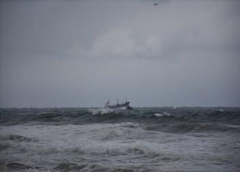 مصرع شخصين في غرق سفينة شحن أجنبية بالبحر الأسود قبالة تركيا
