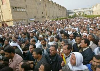 مصر.. مظاهرة واعتصام مفتوح لموظفي الحديد والصلب رفضا للتصفية (فيديو)
