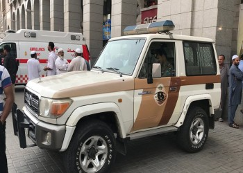 القبض على سعوديين دفعا وافدا في مجرى مائي ووثقا فعلتهما بفيديو
