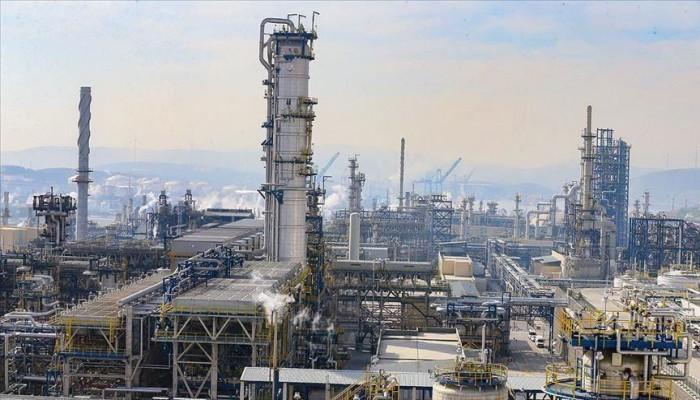 النفط يرتفع 0.7%.. برنت يقفز لـ56.3 دولار وتكساس لـ53.4 دولار