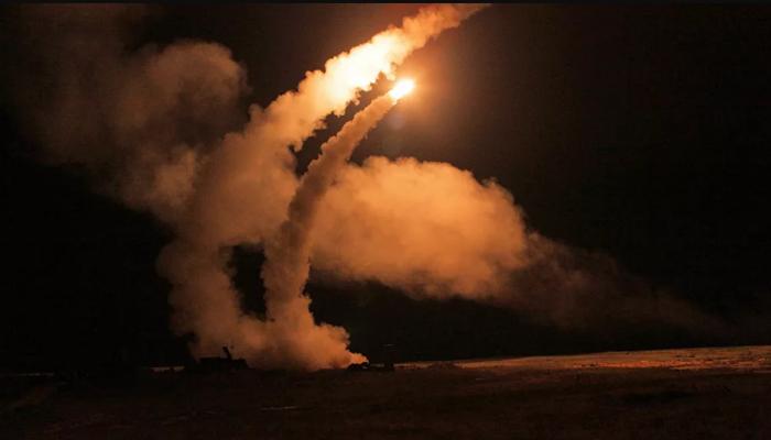 جنرال إسرائيلي: 300 ألف صاروخ تتأهب لضربنا من كل الجبهات