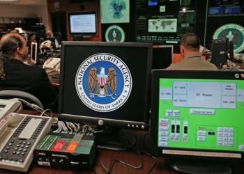 ن. تايمز: الاستخبارات الأمريكية تراقب المواطنين عبر هواتفهم دون إذن
