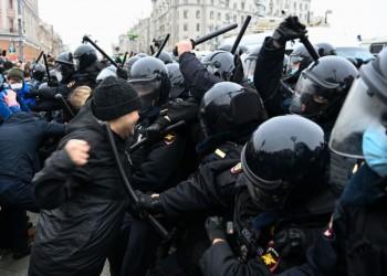 إدانات أمريكية وأوروبية لقمع الاحتجاجات في روسيا.. وموسكو تعلق