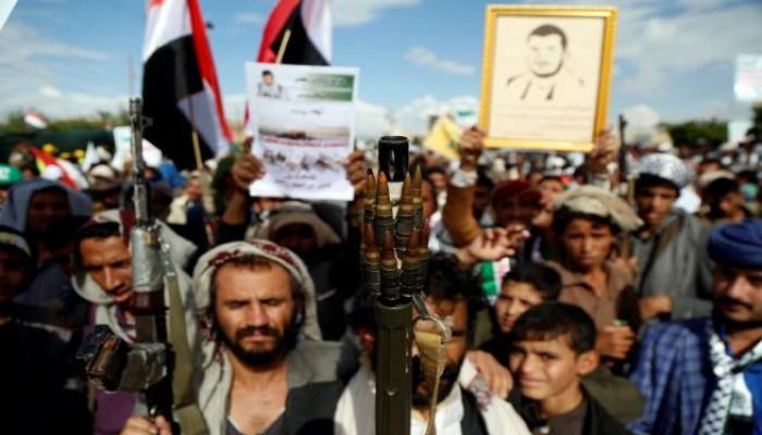 الحوثيون يصعدون سياسيا ضد قرار أمريكي صنفهم منظمة إرهابية