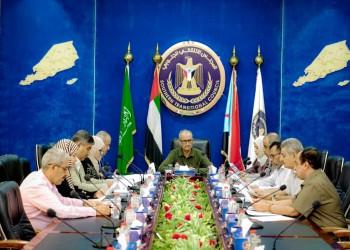 اليمن.. الانتقالي المدعوم إماراتيا يطالب السعودية بوقف قرارات الرئيس ويهدد