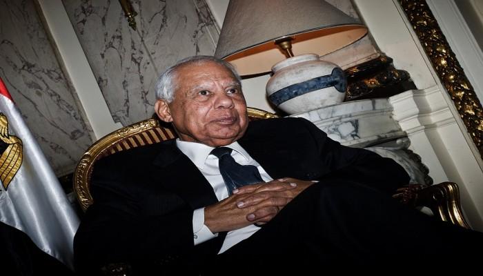 ماذا يعني تجميد إدارة بايدن حصانة رئيس وزراء مصر الأسبق حازم الببلاوي؟