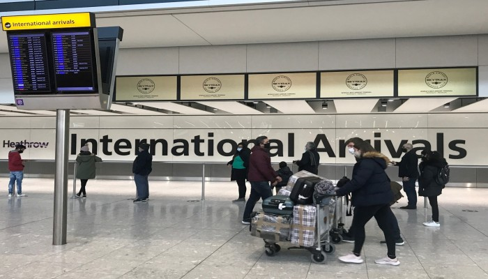 الإمارات ترفض إدراجها ضمن القائمة الحمراء لحظر السفر لبريطانيا