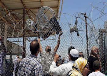 صحيفة عبرية: إسرائيل بدأت تخفيف حصار غزة