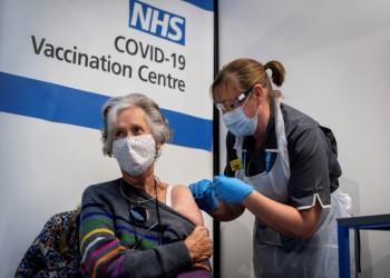 الصحة العالمية تدعو بريطانيا للتخلي عن خطط التلقيح الجماعي ضد كورونا