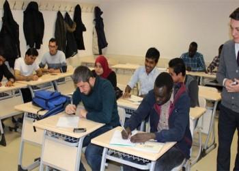 تركيا تقدم منحا دراسية للطلبة العمانيين