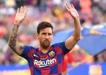 بعد تسريب تفاصيل عقده.. ميسي يعتزم مقاضاة قادة برشلونة