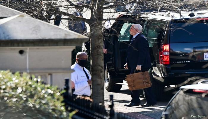 مفاجأة.. الحقيبة النووية كانت ستسقط بيد أنصار ترامب خلال اقتحام الكونجرس