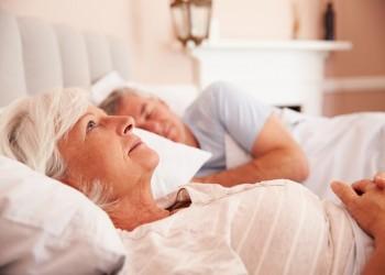 النوم أقل من 5 ساعات في الليل يرفع خطر الإصابة بالخرف