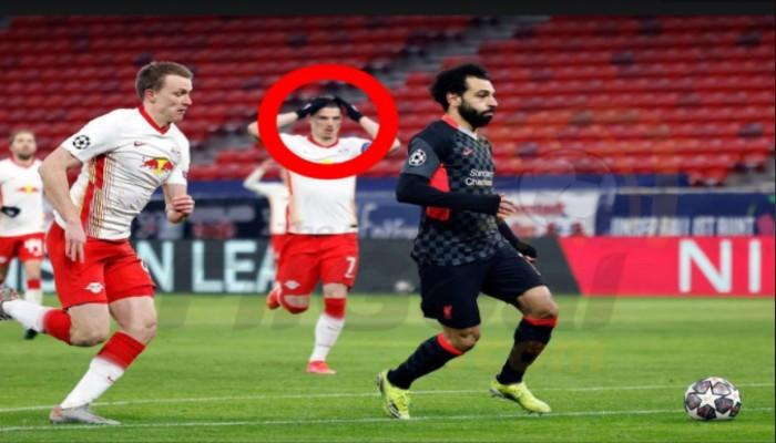 شاهد رد فعل لاعب لايبزيج تجاه هدف محمد صلاح (صورة)