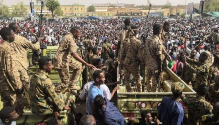 «استراتيجية التوتّر» في السودان