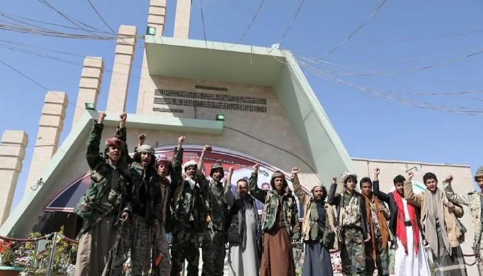 الحوثيون يعلنون تحرير 9 أسرى من سجن حكومي بمأرب