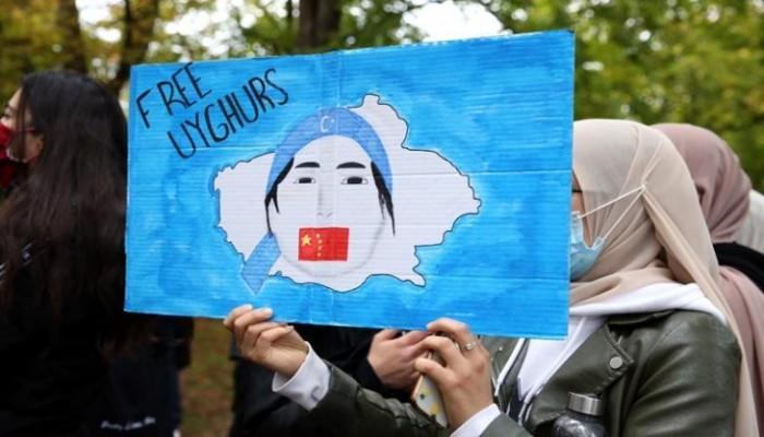 12 شركة يابانية تبحث قطع علاقاتها مع الصين بسبب حقوق الإيجور