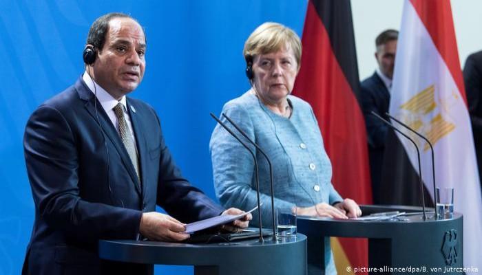 بدء محاكمة موظف مصري في المكتب الإعلامي لميركل بتهمة التجسس
