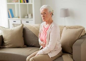 سلس البول يصيب نصف النساء فوق الـ50 لكن معظمهن يعانين في صمت