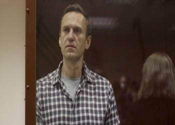 لتنفيذ حكم بالسجن.. نقل المعارض الروسي نافالني إلى معسكر للعمل القسري