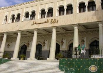 مظاهرة وشغب في الجزائر رفضا لحكم حبس ناشط بالحراك 7 سنوات (فيديو)