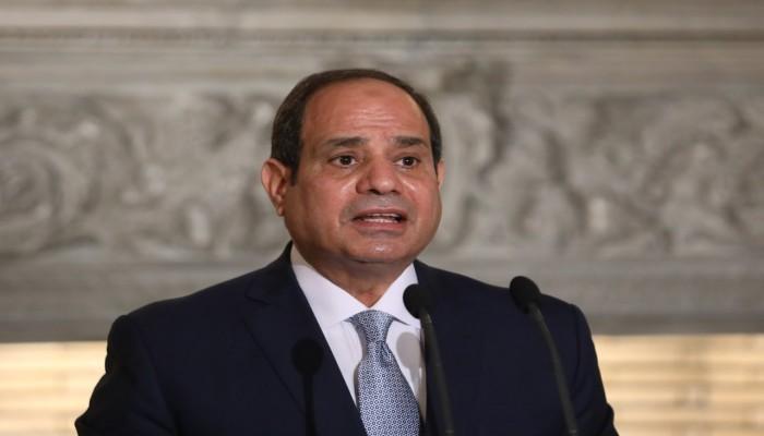 بعد وفاته بكورونا.. السيسي ينعي أستاذه وقائده ويمنحه رتبة فريق ووشاح النيل