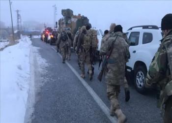 مقتل 11 عسكريا تركيا في تحطم طائرة ومسؤولون يعزون أسر الضحايا