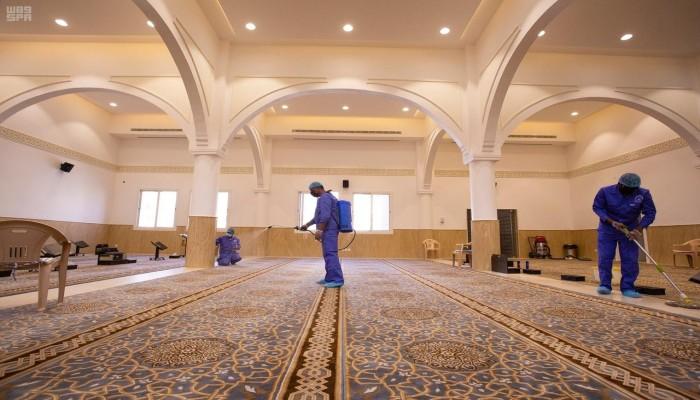 السعودية.. ارتفاع عدد المساجد المغلقة بسبب كورونا إلى 208