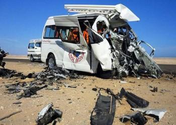 حادث مروع يودي بحياة 23 شخصا وسط مصر (صور)