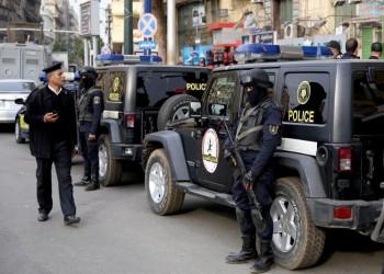 مصر تعتقل طبيبا مصابا بشلل نصفي وضمور في العضلات