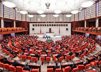تركيا: تداعيات انشقاقات الأحزاب السياسية الكبرى