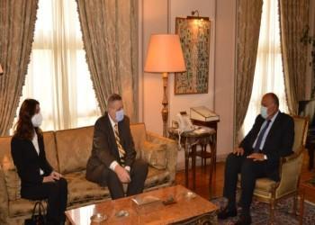 مصر تجدد دعمها للحكومة الليبية وتتمسك برحيل جميع القوات الأجنبية
