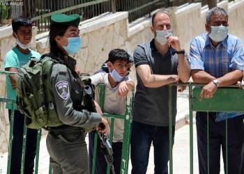 إسرائيل تبدأ تطعيم العمال الفلسطينيين ضد كورونا