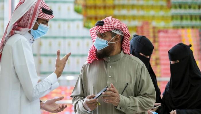 مسح يتوقع ارتفاع رواتب المهنيين المهرة بالسعودية في 2021