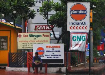 الهند تطلب من مصافي التكرير تقليص اعتمادها على نفط الشرق الأوسط