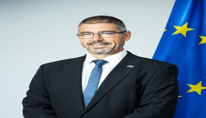 سفير الاتحاد الأوروبي لدى ليبيا: كل الدعم لحكومة الدبيبة