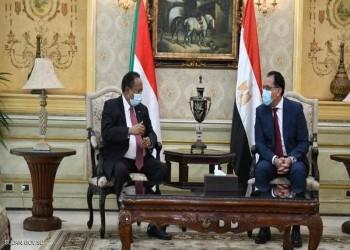 حمدوك يبدأ زيارة للقاهرة تتناول تعزيز العلاقات الثنائية وأزمة سد النهضة