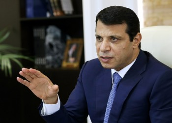 صحيفة: الإمارات تدعم دحلان في الانتخابات الفلسطينية بـ400 مليون دولار