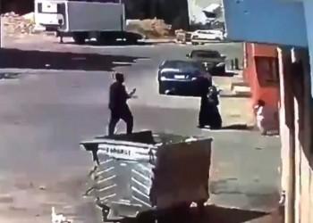 السعودية.. القبض على مواطنين اثنين ومقيم بعد فيديو صادم لسرقة امرأة
