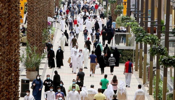 خلال ثلاثة أشهر.. 8 آلاف مقيم يغادرون الكويت