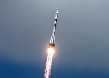 إطلاق الصاروخ الروسي الحامل للقمر السعودي شاهين سات (فيديو)