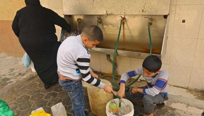 غزة تعاني من أزمة مياه حادة بسبب زيادة الملوحة والتلوث ونقص التمويل
