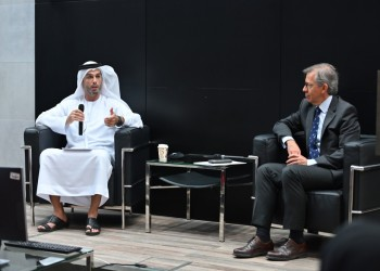 سفير الإمارات بإسرائيل: نتخطى كل ما هو ممكن لتحقيق السلام