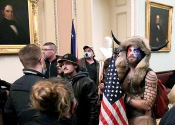 شرطيان يرفعان دعوى قضائية ضد ترامب بتهمة التحريض على هجوم الكابيتول