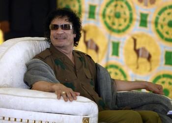 أين دفنت جثة القذافي؟.. أحد أقاربه يكشف مصيرها واللحظات الأخيرة في حياته (بالفيديو)