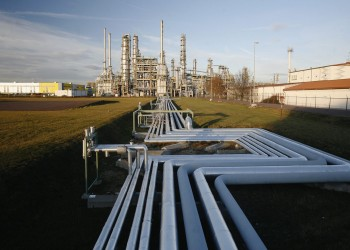 هبوط كبير لأسعار النفط بعد زيادة إمدادات أوبك وإيران