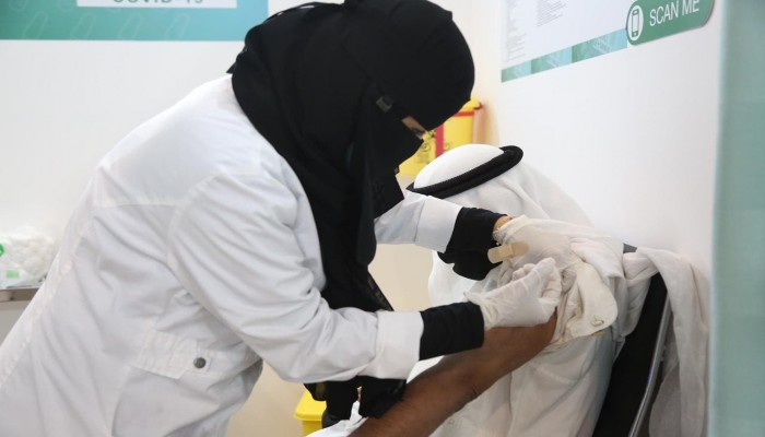 الأعلى منذ سبتمبر.. قفزة جديدة بإصابات كورونا في السعودية